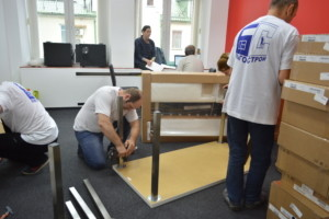 Услуги по переезду мебели в другой офис