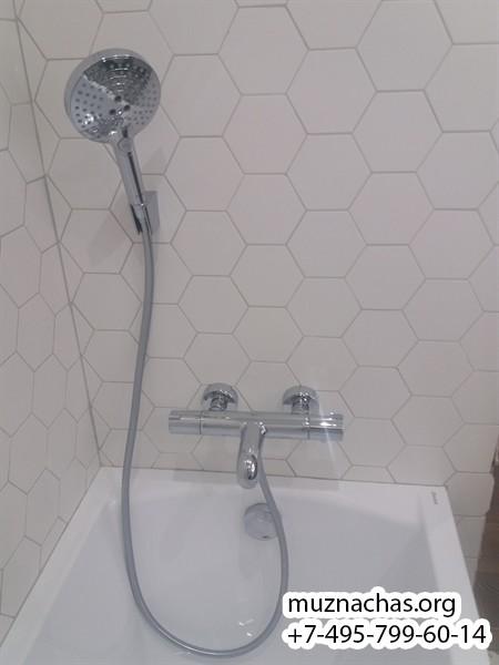 установка смесителя для ванной с душем