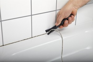 Герметизация швов в ванне