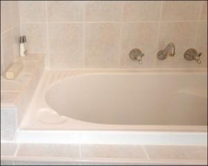 Герметизация швов ванны