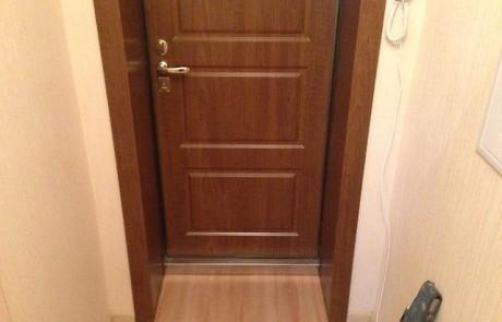 Установка двери в Москве